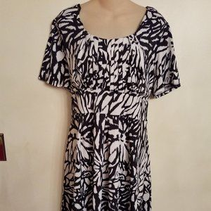 Black & White Plus Size Dress with Belt